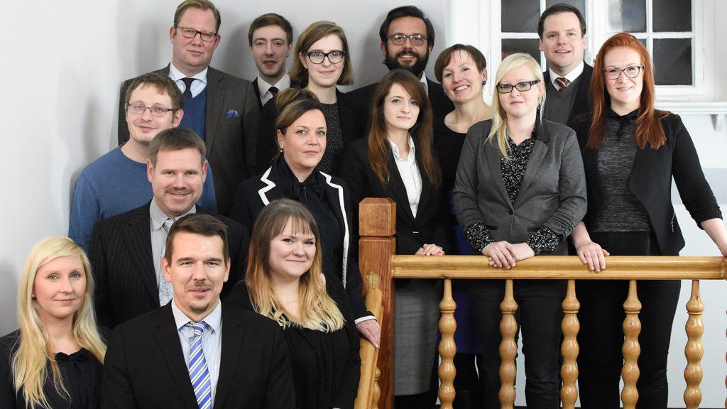 Rechtsanwälte, Steuerberater und Mitarbeiter von halle.law